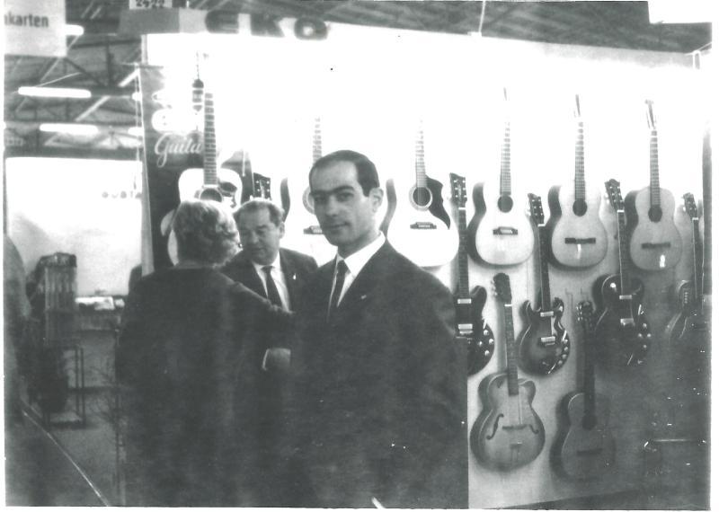 Apr.65Wenzel und Marianne in der Fabrik von EKO in Reganati