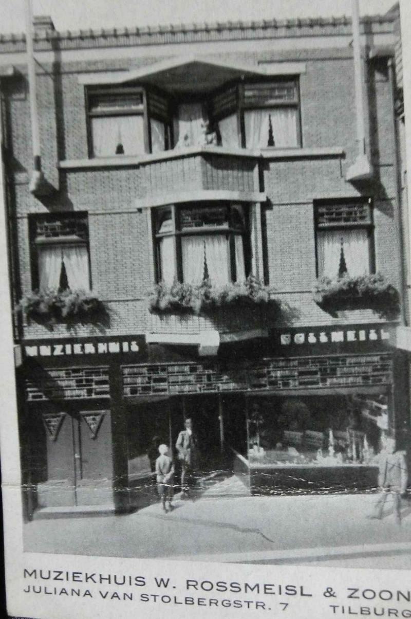 Bild 053 / 1954 / Musikhaus Rossmeisl in Tilburg, Holland - Verwandtschaft von WR