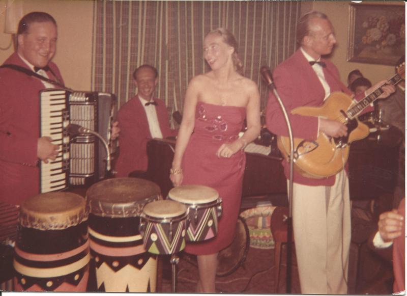 Bild 074 / ca 1963 / Die 3 Tonmixer mit ROGER SUPER CA
