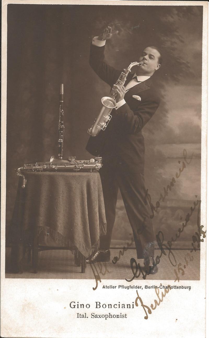 Bild 009 / 15.12.25 / Gino Bonciani, ital. Saxophonist