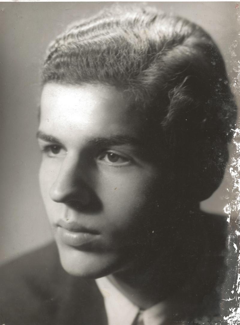 1943Roger Raimond Rossmeisl