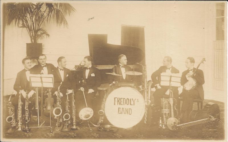 ca1928Fredoly Band, Bukarest mit Wenzel am Banjo