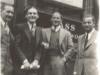 Bild 115 / 1964 / Wenzel mit Geschäftsfreunden vor einem Musikgeschäft in London