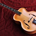 Archtop Cello Bassgitarre
