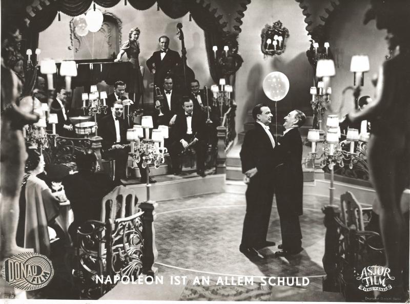 1938Napoleon ist an allem schuld - Uraufführung im Gloria Palast in Berlin