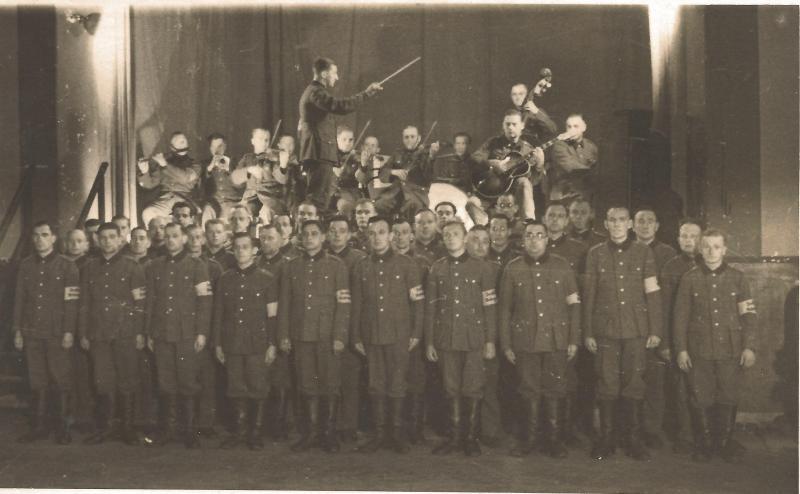 Nov.39W.H.W.Fest - 2. Kompanie B.E.B. 208, Wartenberg, WR mit schwarzer ROGER JUNIOR