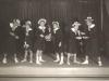 ca1926Bühnenauftritt der Mitglieder der Kamsirossoff-Band, mit Wenzel  (2. Von links)
