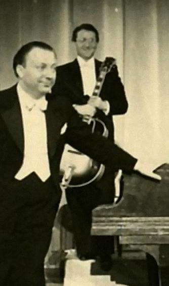 Bild 034 / 1939 / Peter Kreuder und Hans Korsek