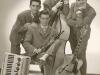 Bild 070 / ca 1960 / Fredo Lohmann hat 1945, in brit. Kriegsgef. in Norwegen, von WR das Gitarrenspiel gelernt