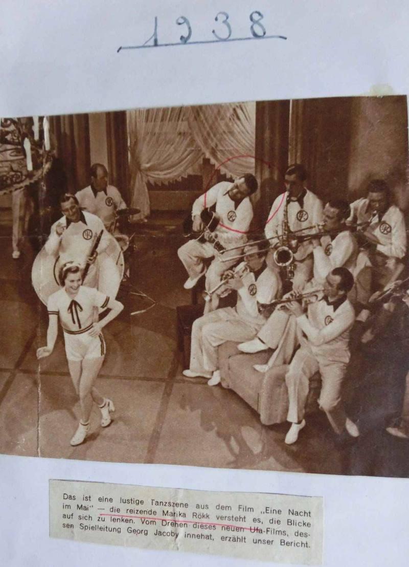 """1938Peter Kreuder in """"Eine Nacht im Mai"""", mit Marika Röck und WR an der Gitarre"""